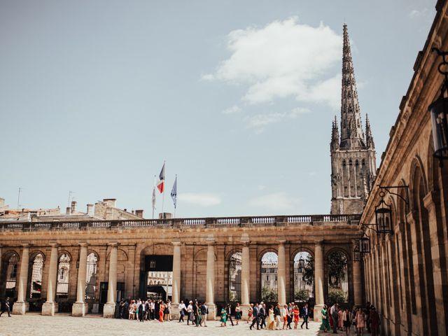 Le mariage de Romain et Mylène à Bordeaux, Gironde 33