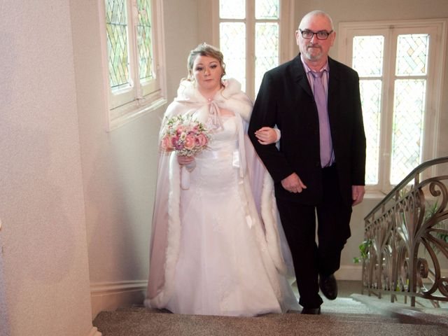 Le mariage de Léa et Wilfried à Puiseaux, Loiret 9
