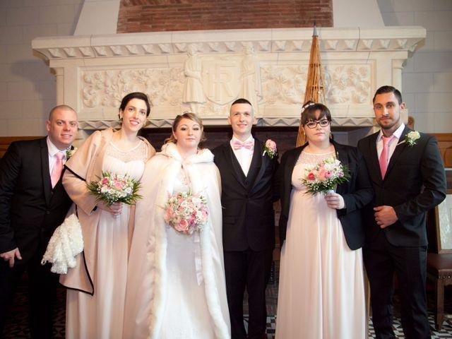 Le mariage de Léa et Wilfried à Puiseaux, Loiret 11