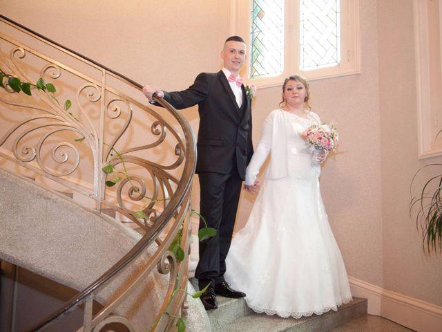 Le mariage de Léa et Wilfried à Puiseaux, Loiret 12