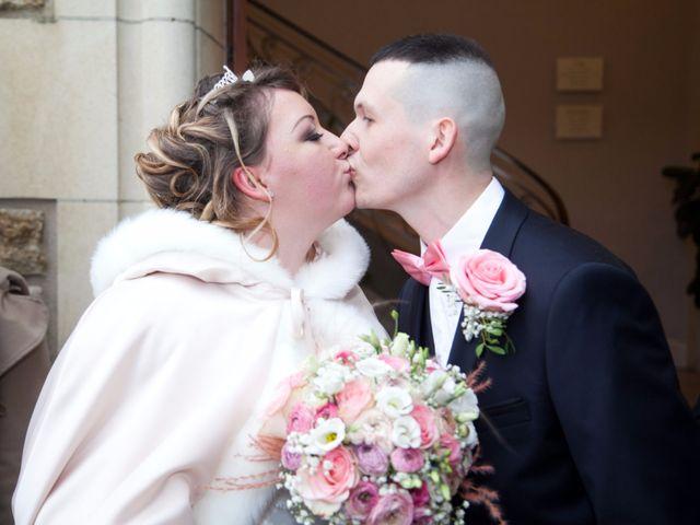 Le mariage de Léa et Wilfried à Puiseaux, Loiret 13