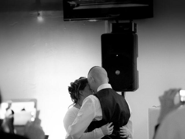 Le mariage de Léa et Wilfried à Puiseaux, Loiret 2
