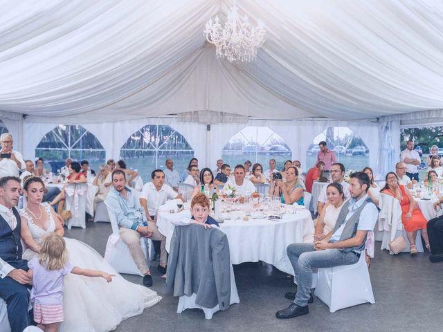Le mariage de Sébastien et Angélique à Le Haillan, Gironde 35