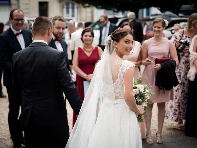 Le mariage de Cyril et Marion à Vailly-sur-Aisne, Aisne 33