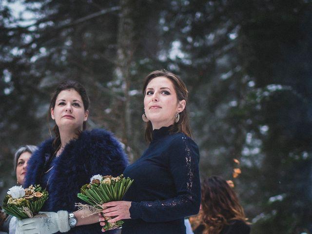 Le mariage de Laurent et Sofia à Château-des-Prés, Jura 16