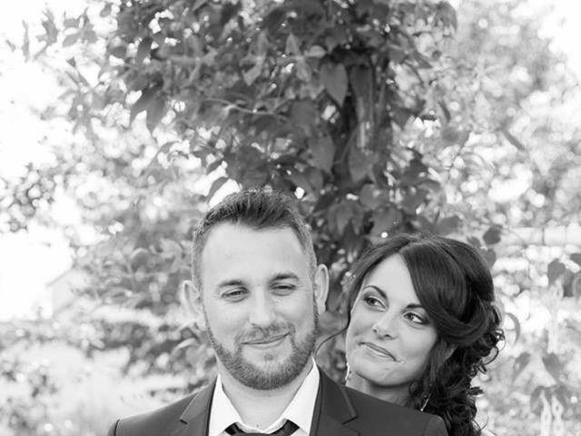 Le mariage de Simon et Cindy à Pont-sur-Yonne, Yonne 5