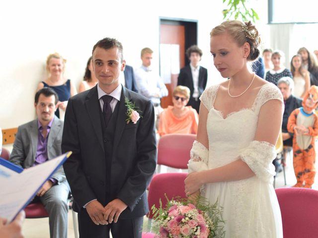 Le mariage de Arthur et Laura à Fontaine-au-Bois, Nord 10