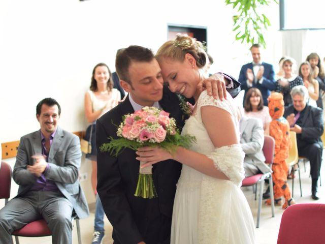 Le mariage de Arthur et Laura à Fontaine-au-Bois, Nord 13