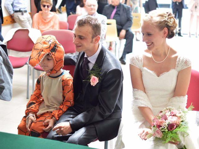 Le mariage de Arthur et Laura à Fontaine-au-Bois, Nord 19