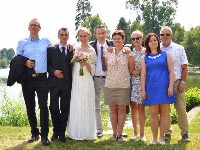 Le mariage de Arthur et Laura à Fontaine-au-Bois, Nord 23