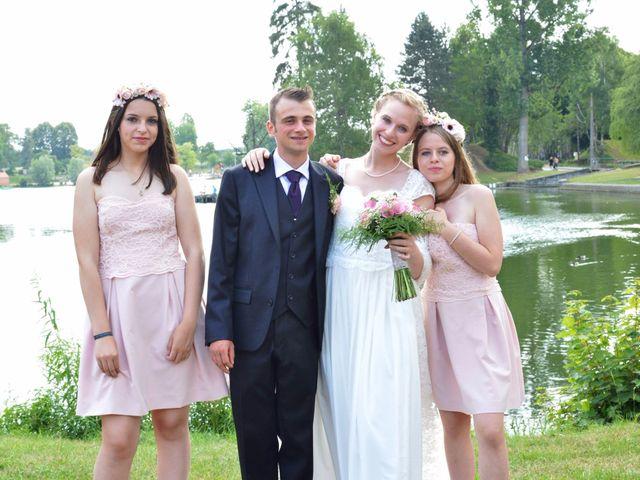 Le mariage de Arthur et Laura à Fontaine-au-Bois, Nord 26