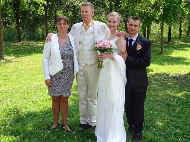 Le mariage de Arthur et Laura à Fontaine-au-Bois, Nord 57