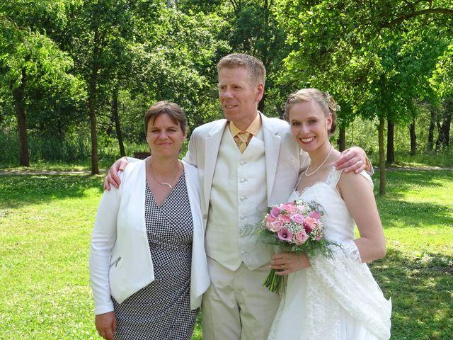 Le mariage de Arthur et Laura à Fontaine-au-Bois, Nord 58
