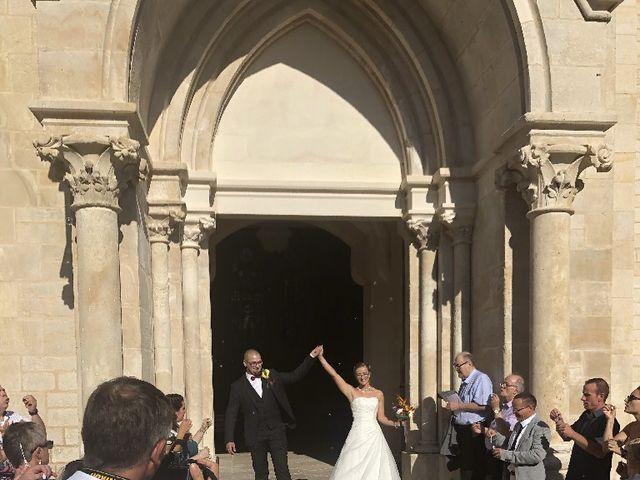 Le mariage de Julien  et Agathe et Julien à Thivet, Haute-Marne 1