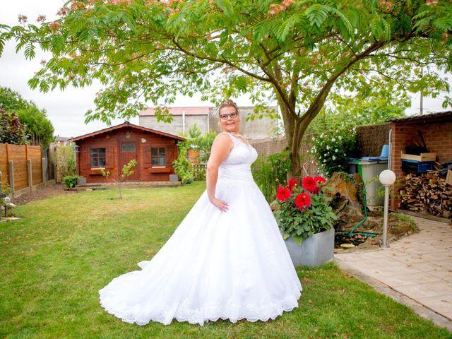 Le mariage de Amelie et Thibaut à Allennes-les-Marais, Nord 12