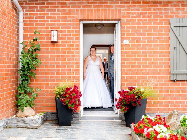 Le mariage de Amelie et Thibaut à Allennes-les-Marais, Nord 22