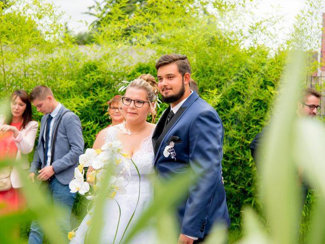 Le mariage de Amelie et Thibaut à Allennes-les-Marais, Nord 28