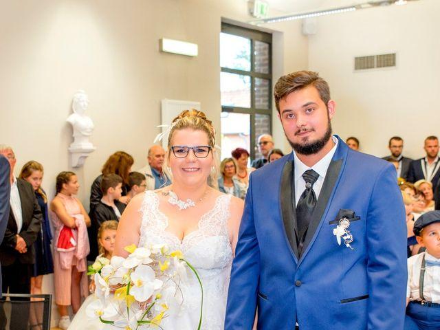 Le mariage de Amelie et Thibaut à Allennes-les-Marais, Nord 29