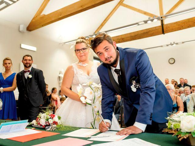 Le mariage de Amelie et Thibaut à Allennes-les-Marais, Nord 37