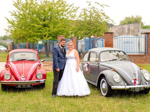 Le mariage de Amelie et Thibaut à Allennes-les-Marais, Nord 65