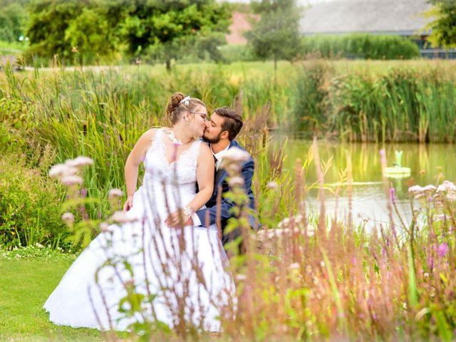 Le mariage de Amelie et Thibaut à Allennes-les-Marais, Nord 70