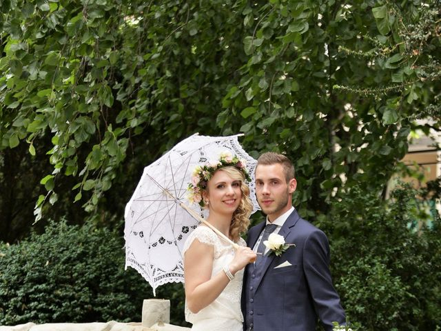 Le mariage de Rodolphe et Laura à Montmort Lucy, Marne 24