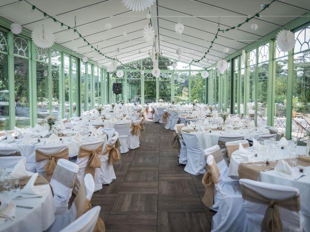 Le mariage de Yohann et Claire à Saint-Paul-en-Jarez, Loire 4
