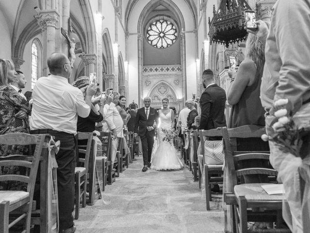 Le mariage de Yohann et Claire à Saint-Paul-en-Jarez, Loire 8