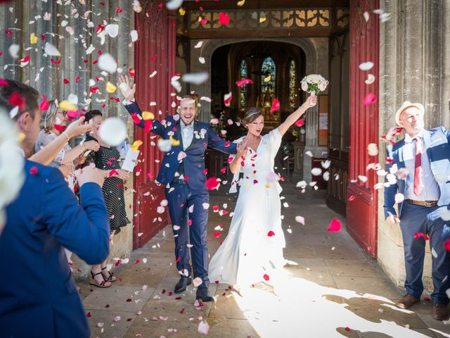Le mariage de Yann et Cyrielle à Saint-Christophe-des-Bardes, Gironde 24