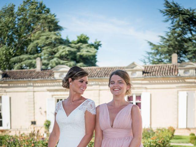 Le mariage de Yann et Cyrielle à Saint-Christophe-des-Bardes, Gironde 32