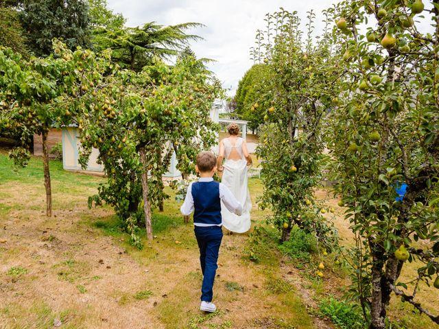 Le mariage de Pierre-Emmanuel et Sonia à Laval, Mayenne 36