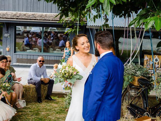 Le mariage de Pierre-Emmanuel et Sonia à Laval, Mayenne 41