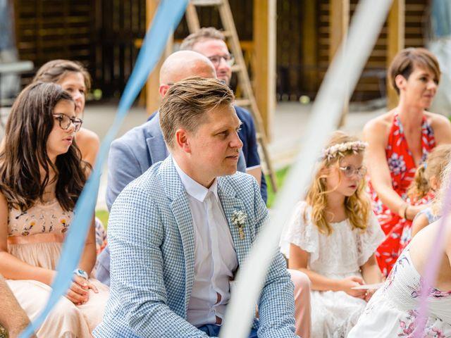 Le mariage de Pierre-Emmanuel et Sonia à Laval, Mayenne 45