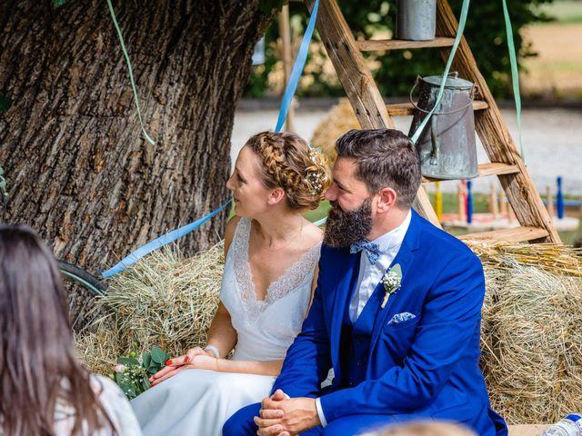 Le mariage de Pierre-Emmanuel et Sonia à Laval, Mayenne 53