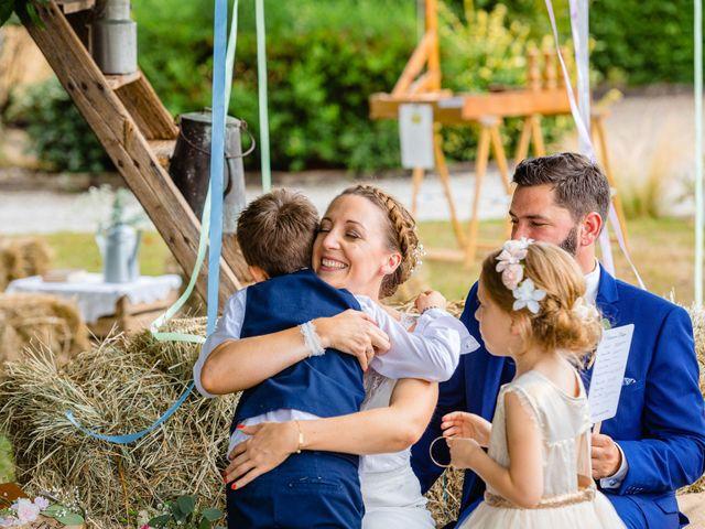 Le mariage de Pierre-Emmanuel et Sonia à Laval, Mayenne 65