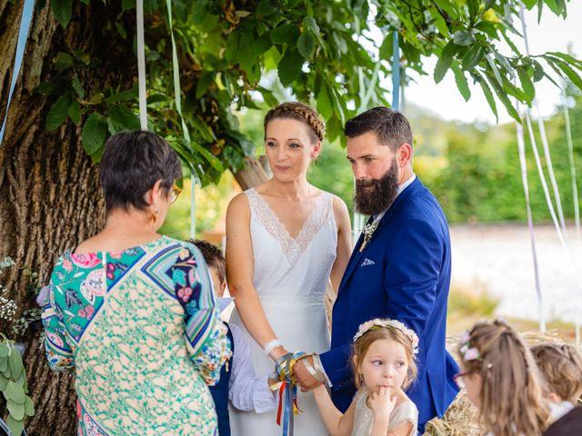 Le mariage de Pierre-Emmanuel et Sonia à Laval, Mayenne 70