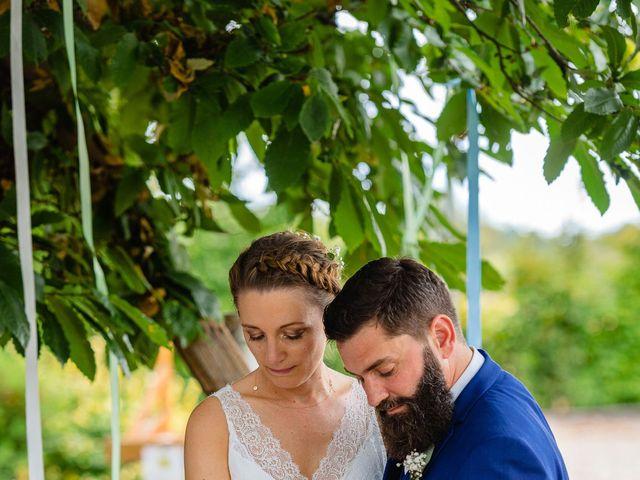 Le mariage de Pierre-Emmanuel et Sonia à Laval, Mayenne 71