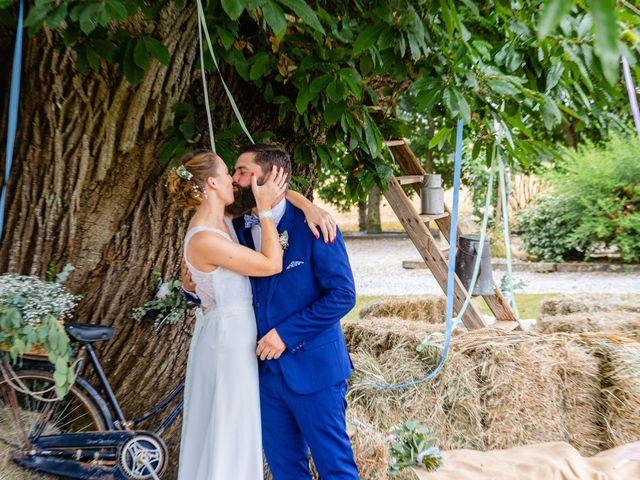 Le mariage de Pierre-Emmanuel et Sonia à Laval, Mayenne 73