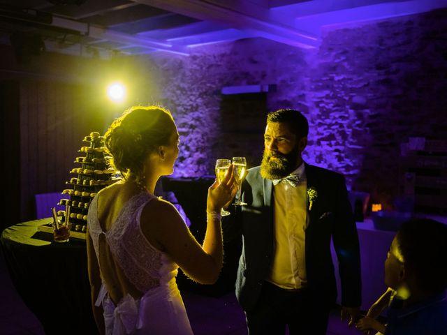 Le mariage de Pierre-Emmanuel et Sonia à Laval, Mayenne 130