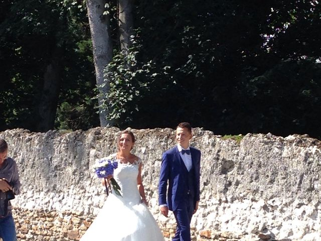 Le mariage de Matthieu et Elsa à Barbery, Oise 10