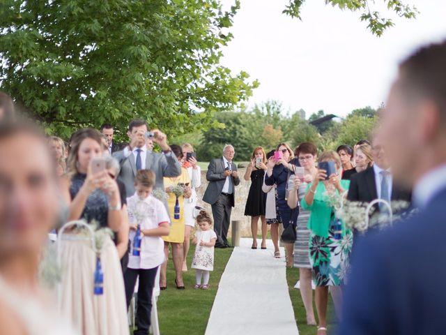 Le mariage de Matthieu et Elsa à Barbery, Oise 20