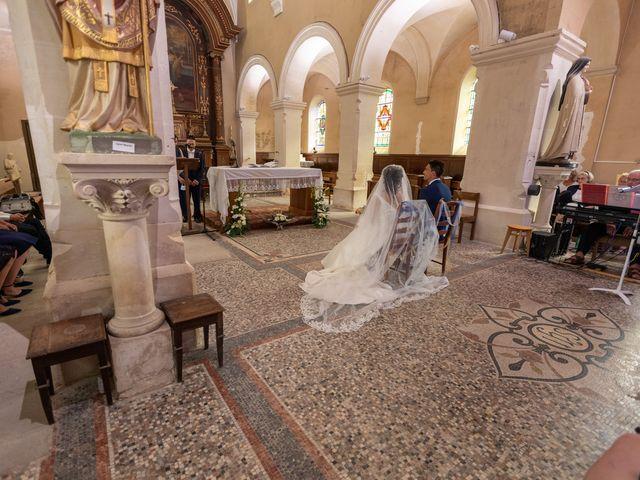Le mariage de Jordan et Héloïse à Saint-Martin-de-Sallen, Calvados 4