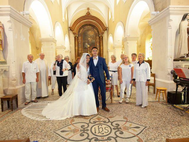 Le mariage de Jordan et Héloïse à Saint-Martin-de-Sallen, Calvados 5
