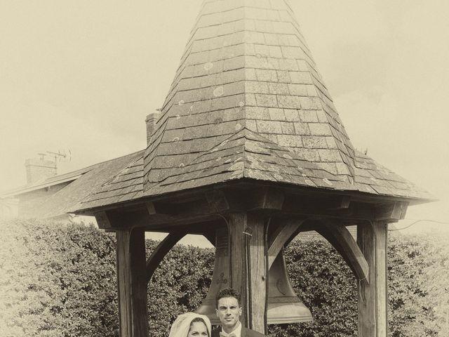 Le mariage de Jordan et Héloïse à Saint-Martin-de-Sallen, Calvados 7