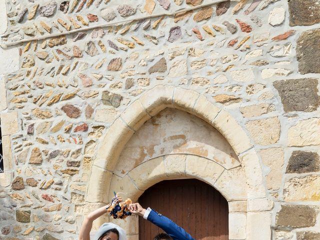 Le mariage de Jordan et Héloïse à Saint-Martin-de-Sallen, Calvados 8