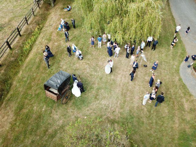 Le mariage de Jordan et Héloïse à Saint-Martin-de-Sallen, Calvados 15