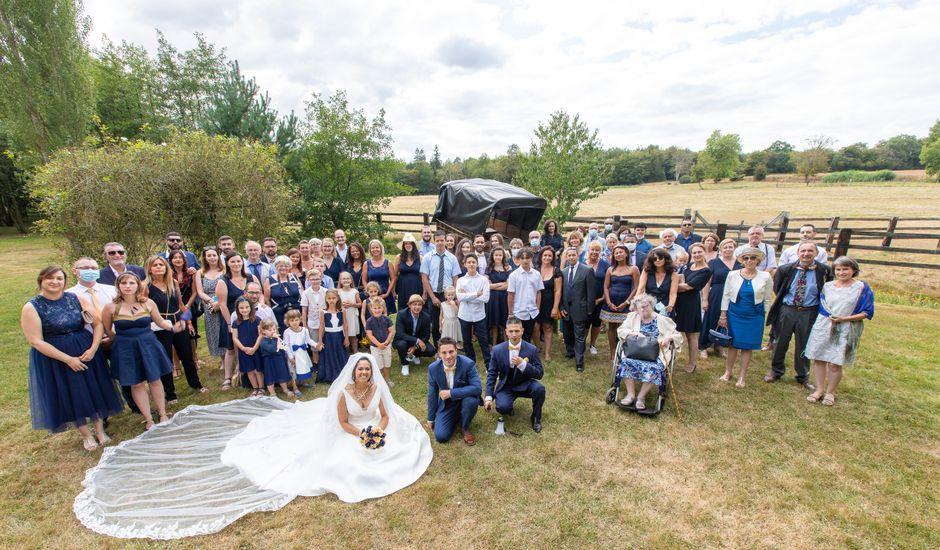 Le mariage de Jordan et Héloïse à Saint-Martin-de-Sallen, Calvados