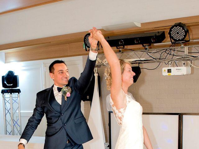 Le mariage de Benoit et Laetitia à Vitry-en-Artois, Pas-de-Calais 22