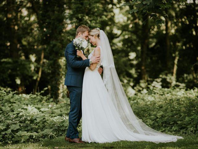 Le mariage de David et Justine à Roncq, Nord 16