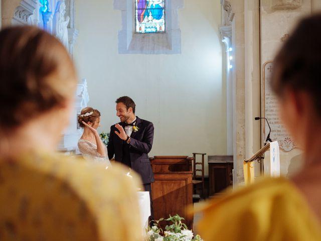 Le mariage de Alexandre et Aurélie à Grignan, Drôme 25